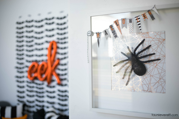 Easy, inexpensive Halloween photo booth.
