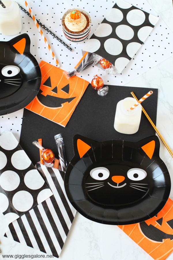The purr fect halloween party