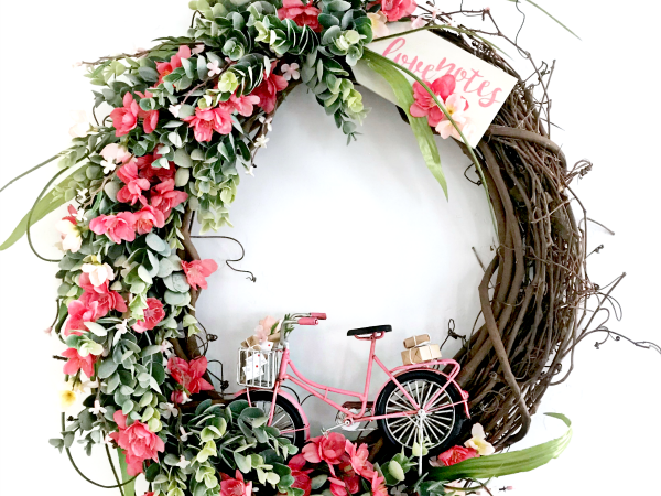 Love Notes DIY Valentine's Wreath