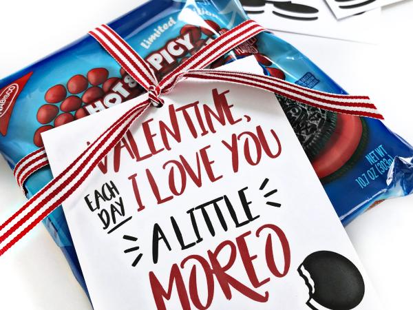 Print + Cut Oreo Valentine
