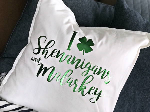 DIY St. Patrick's Day Pillow + Cut File