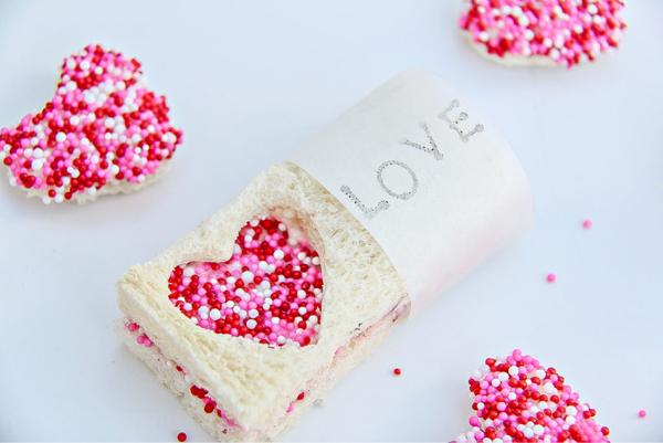 Best valentines treats for parties 1024x685