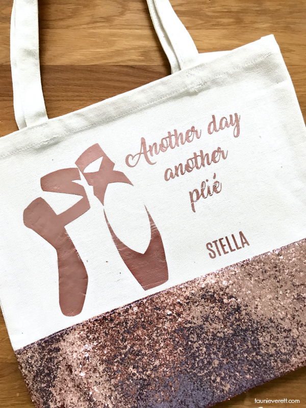 DIY Ballet Bag Another Day Another Plié Dance Bag and cut file #cricut #silhouette #cutfile #dance #ballet