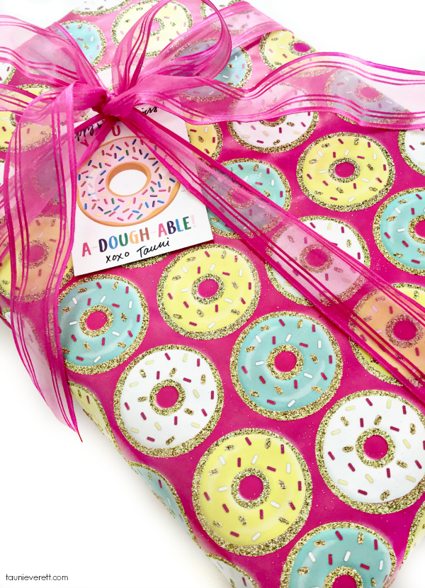 A-dough-able Donut Printable Gift Tag. Perfect for gifts, party favors or Valentines! #printable #gifttag #donutprintable #donut #valentine
