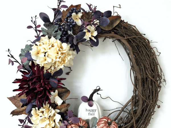DIY Welcome Fall Grapevine Wreath