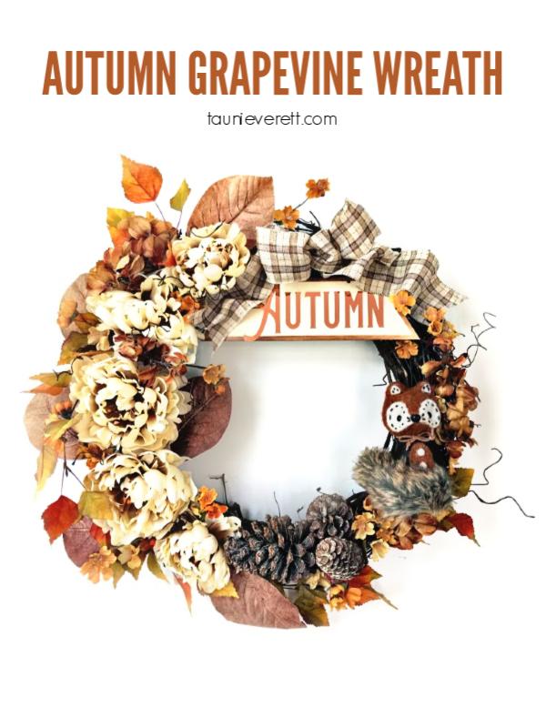 Autumn grapevine wreath © tauni everett hero