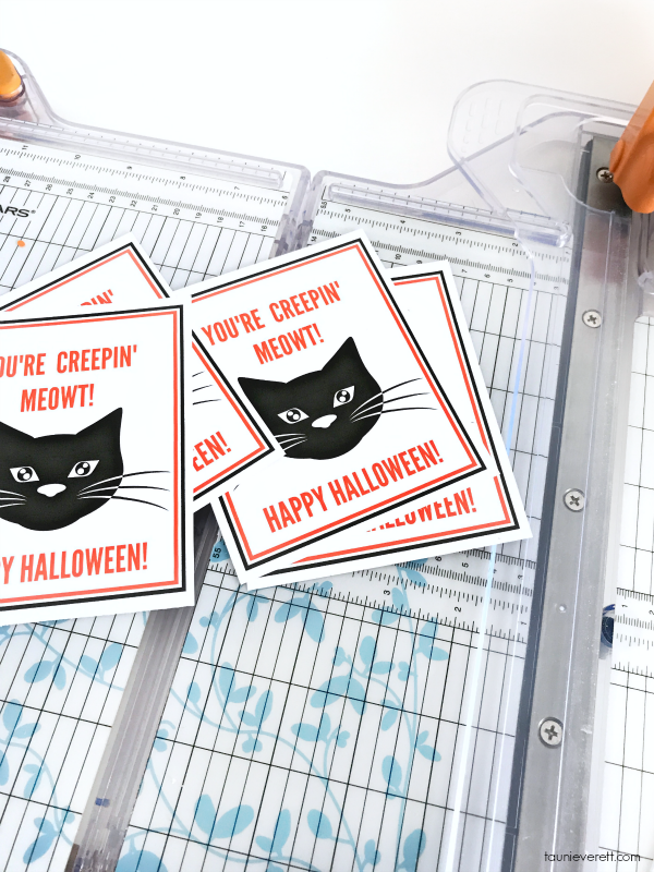 Black cat printable halloween gift tag © tauni everett 2018 3600