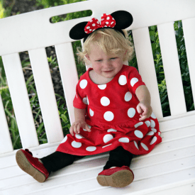 Easy DIY Mini Mouse Costume