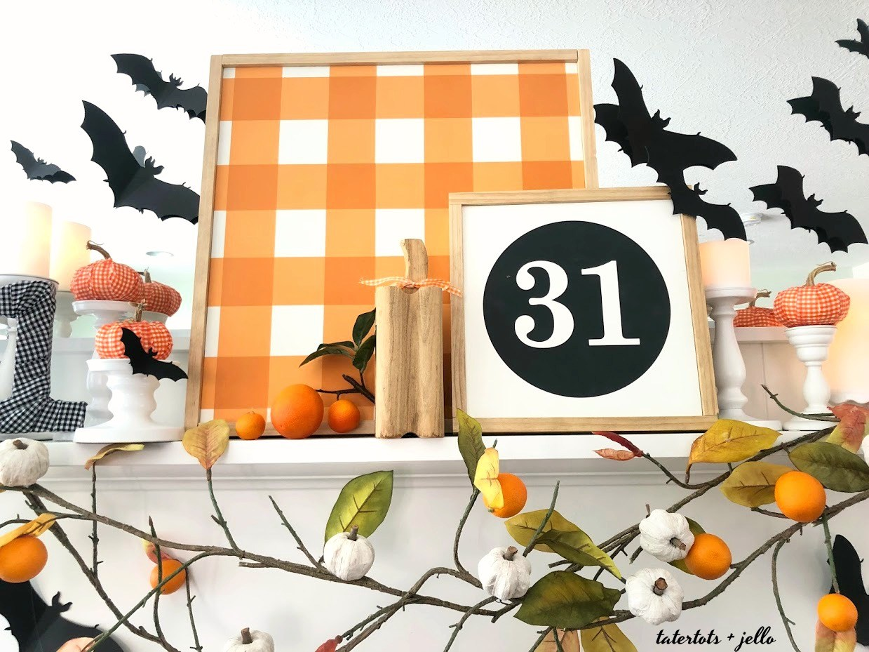 Dot and bow signs halloween