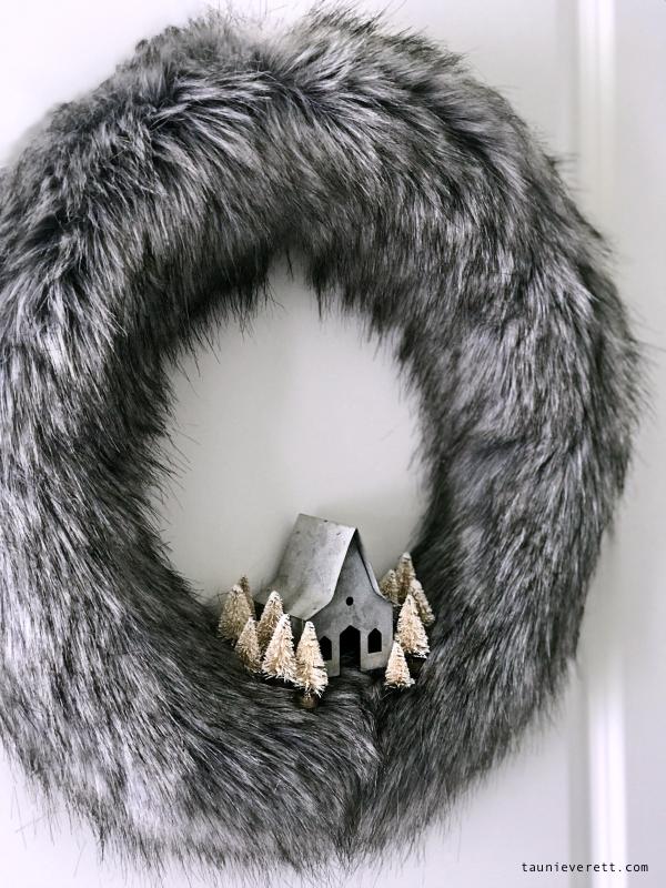 Christmas holiday home tour with whimsical gnomes #christmas #hometour #christmasdecor #christmasgnomes