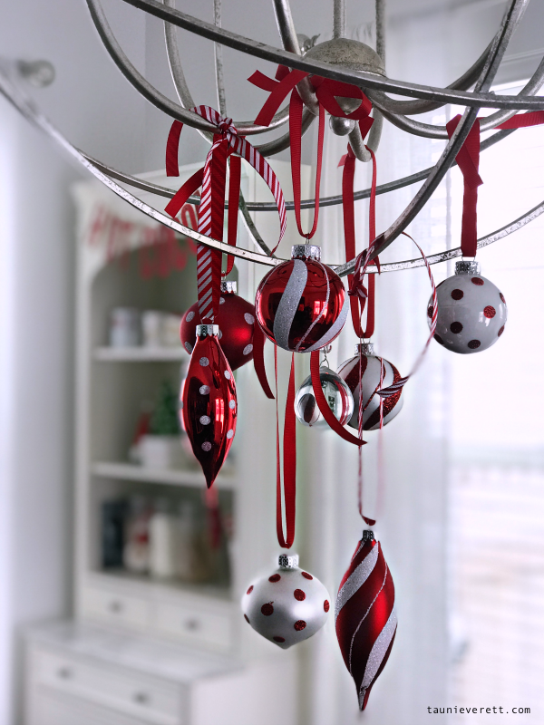 Christmas holiday home tour © tauni everett 2018 37 600