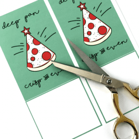 Pizza Christmas Printable Gift Idea. Pizza gift cards are perfect for gifting to teens, college students and singles! #printable #christmasprintable #pizza #christmasgifcard