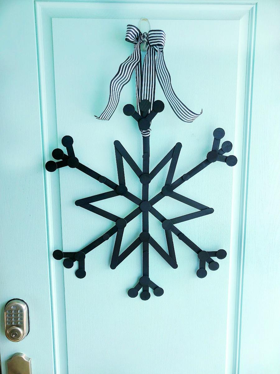 Popsicle stick snowflake wreath diy
