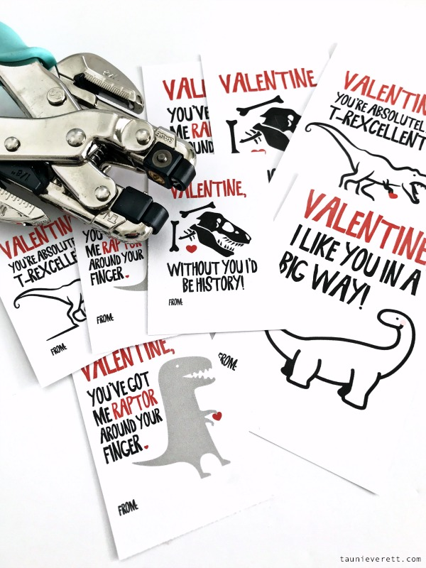 Dinosaur Valentine's Day Printable with Four dino Valentine's Day designs. Available for free download immediately. #dino #dinosaur #dinosaurvalentine #valentineprintable #valentinesday