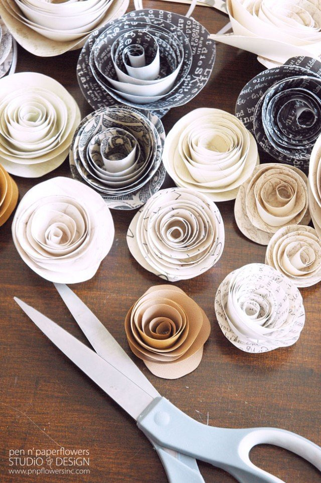 Easy DIY paper flowers, plus more than a dozen more great ways to decorate with scrapbook paper