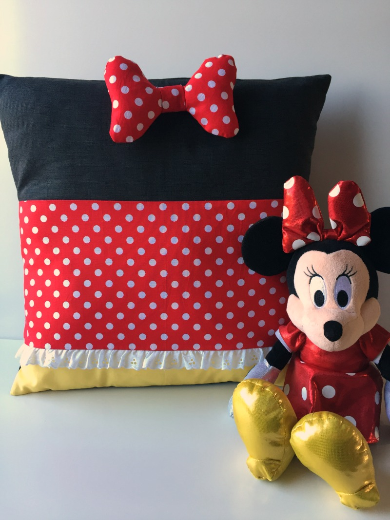 Stunning Minnie Pillow