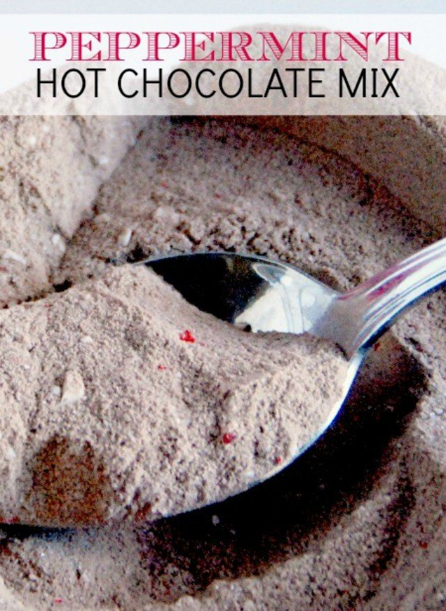 Peppermint hot chocolate recipe. This has been pinned over 200K times!