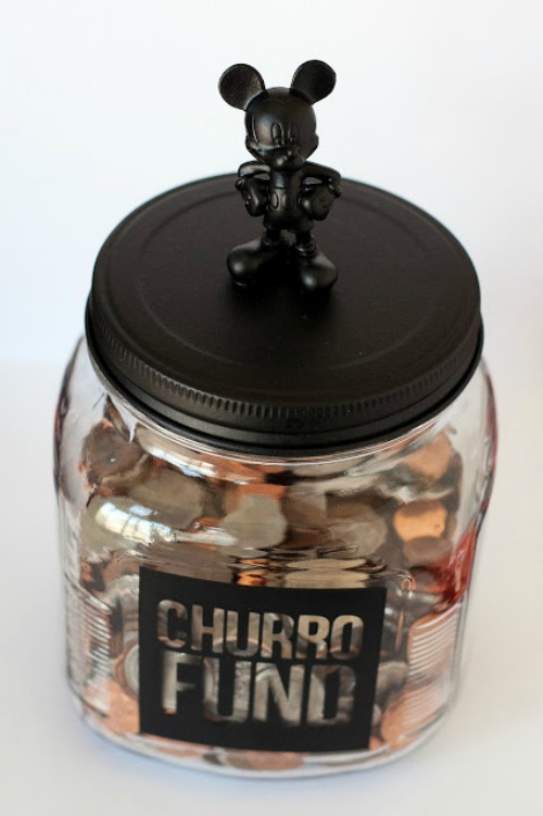 Disney Savings Jar. Plus 15 Mickey and Minnie Mouse Craft Projects - So many fun ideas here. Great for trips to Disney or at-home parties.